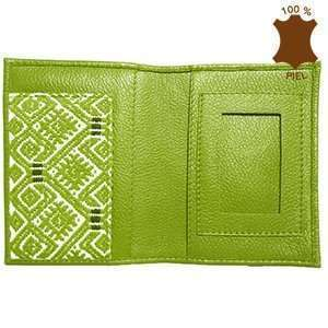 PL00547-funda-pasapporte-con-brocado